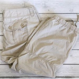 Gap Surplus Capri Pants